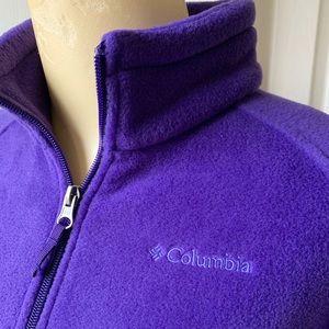 ⛄️ Columbia youth size large fleece zip up jacket